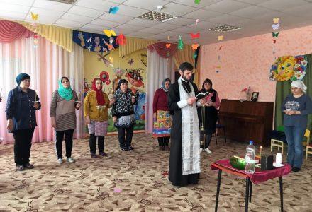 В деревне Каменка Дмитровского городского округа освятили здание детского сада