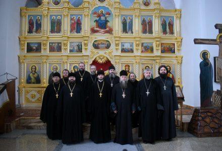 Благочинный Рогачевского церковного округа возглавил первое в 2019 году собрание духовенства благочиния