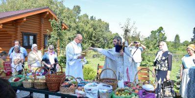 19 августа Преображенский храм деревни Спас-Каменка отметил свой престольный праздник
