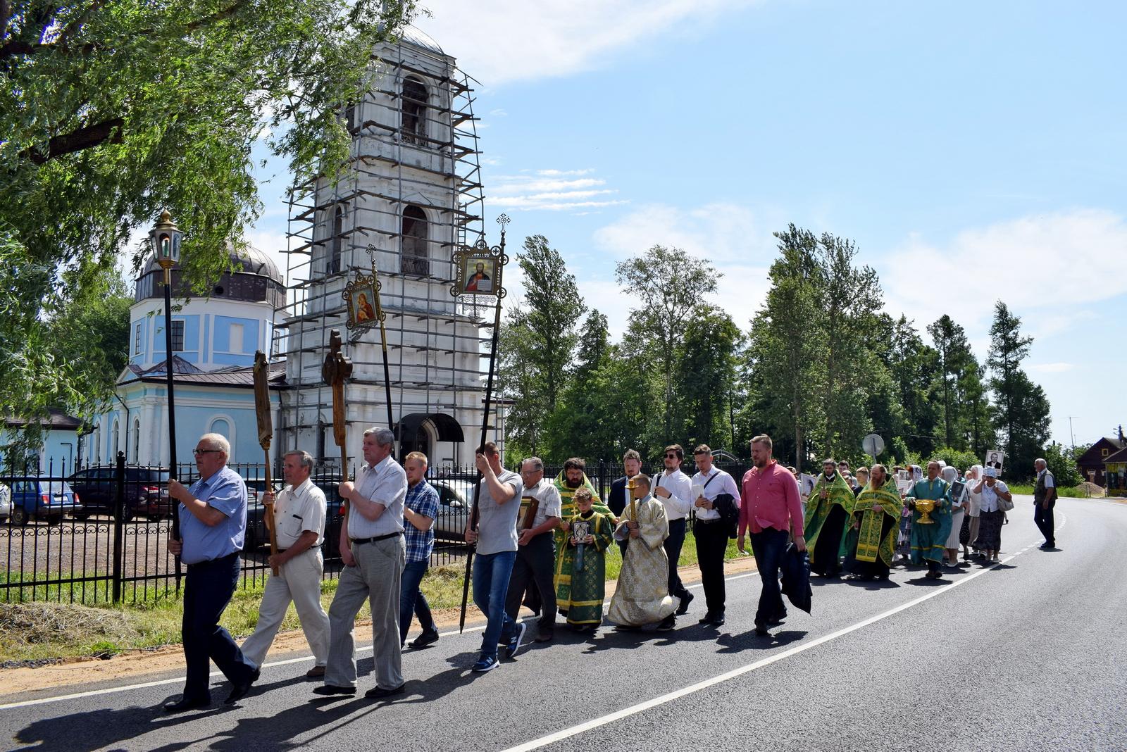 Престольный праздник Покровского храма села Куликово Рогачевского благочиния
