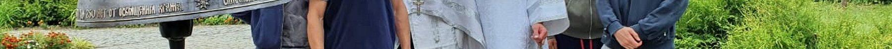 На колокольню Преображенского храма д. Спас-Каменка подняли три новых колокола