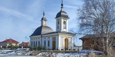 Расписание богослужений Преображенского храма деревни Спас-Каменка на март 2021 года